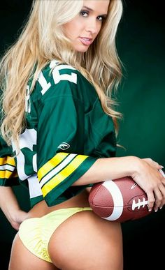 Green bay packers naked girl